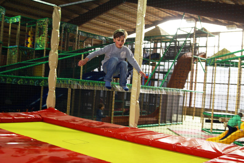trampoline_4